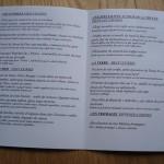 パリ、とあるレストランのメニュー。これは記念に持って帰るための小さなサイズ。